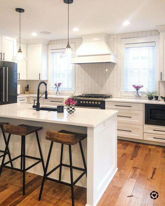 Πώς θα έχετε πάντα μία καθαρή και τακτοποιημένη κουζίνα